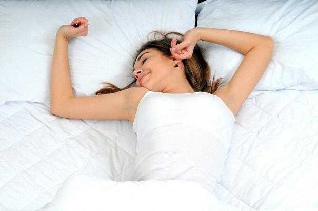 Manfaat Sehat Tidur Dengan Menggunakan Bantal Dan Guling