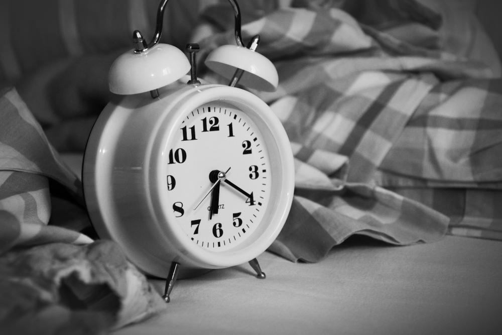 3 Tips Memilih Jam yang Tepat untuk Alarm Bangun Tidur