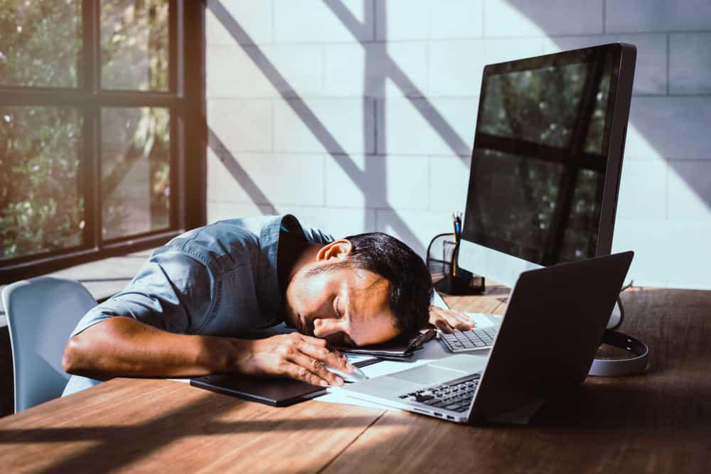 Kurang Tidur Bikin Susah Fokus? Ini 5 Cara Mengembalikan Konsentrasi Anda